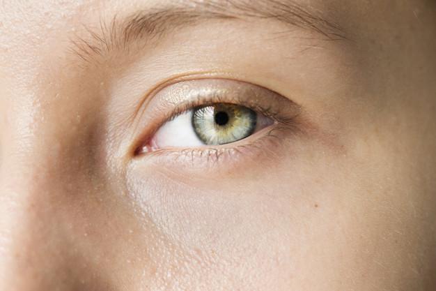 יש מה לעשות עם עיגולים שחורים מסביב לעיניים?